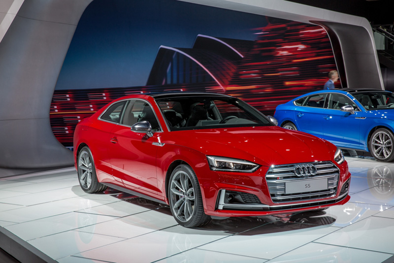 small-261-2018-audi-s5-coupe