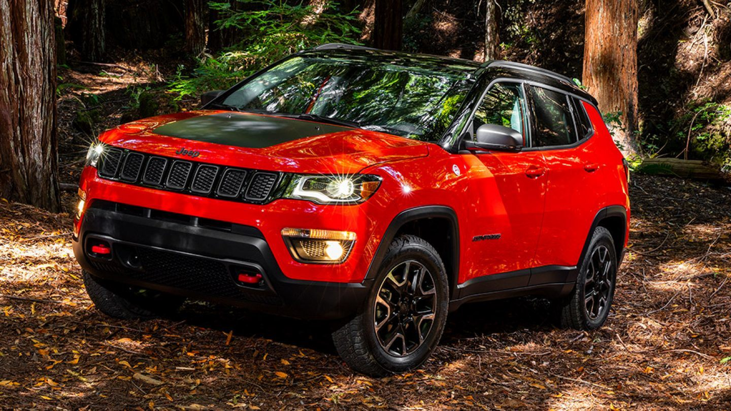 2018-Jeep-Compass-Exterior-Jeep-Design-Rugged-Details