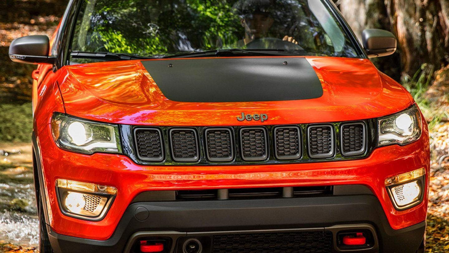 2018-Jeep-Compass-Exterior-Jeep-Design-Signature-Grille
