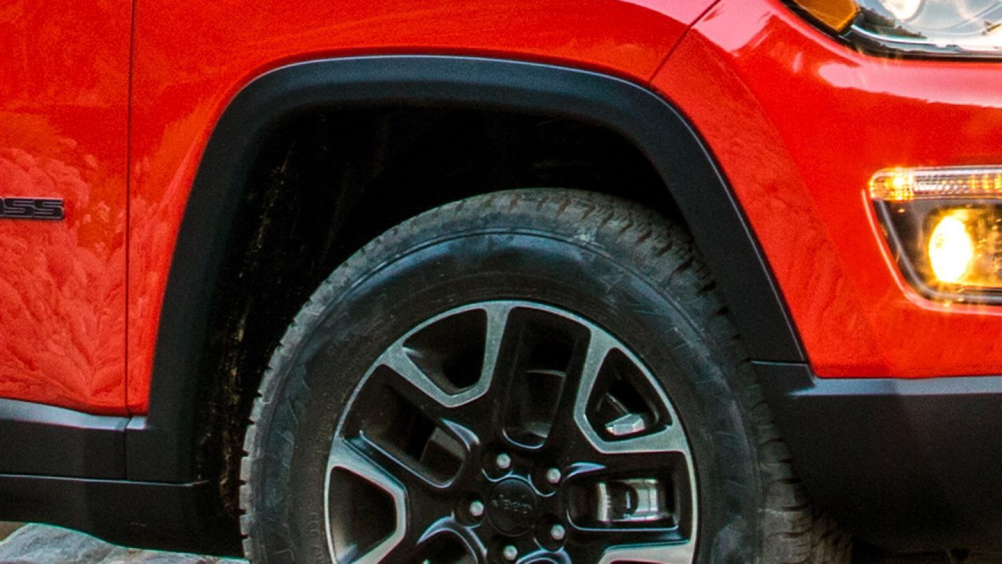 2018-Jeep-Compass-Exterior-Jeep-Design-Wheel-Arches