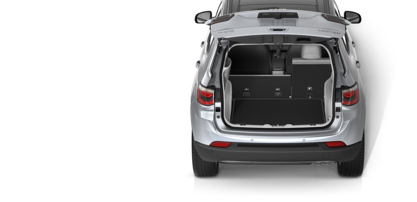 2018-Jeep-Compass-Interior-Storage-Adjustable-Cargo-Seats-Split
