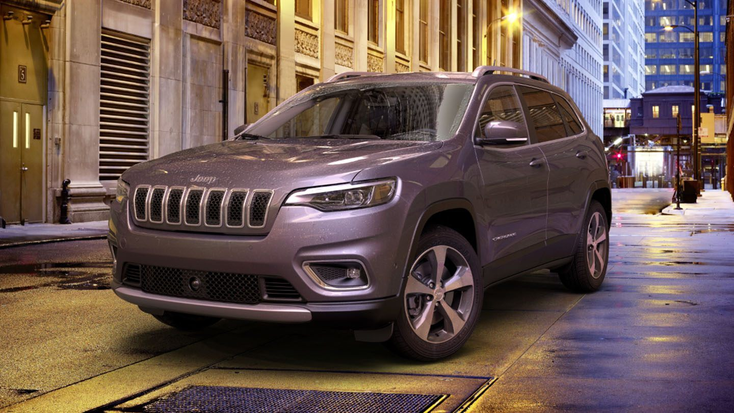 2019-Jeep-Cherokee-Exterior-All-Weather-Features-Rain-Sensing-Wipers