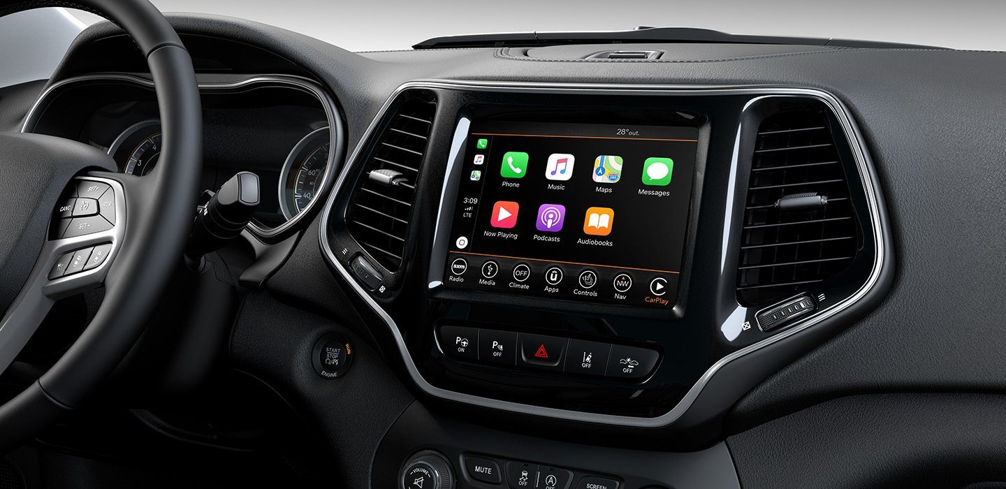2019-Jeep-Cherokee-Interior-Uconnect-Apple-Carplay-Support