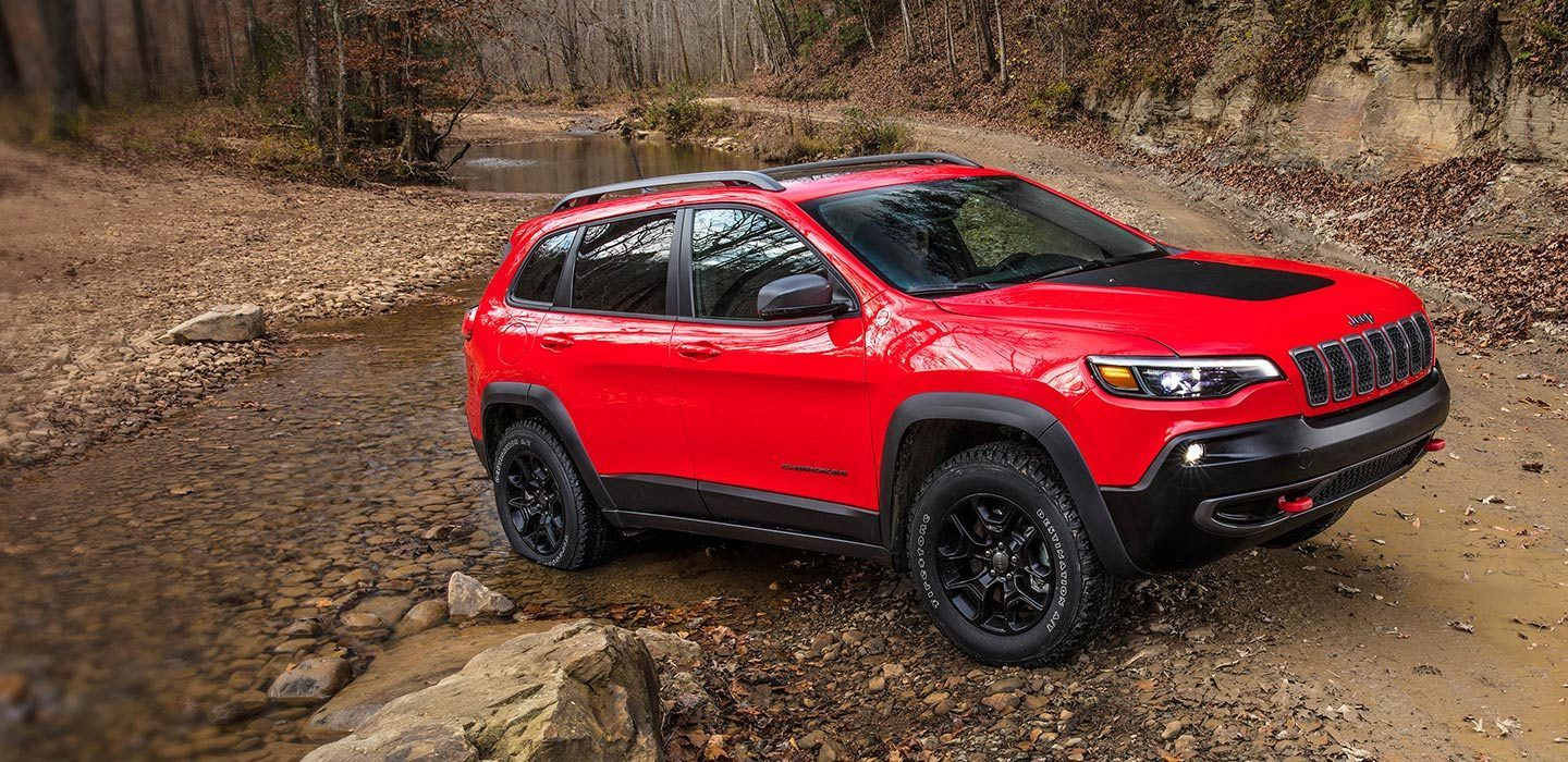 2019-Jeep-Cherokee-Trailhawk-Capability-Trail-Rated-Articulation.